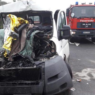 20171010_H_1_Verkehrsunfall_eingeklemmte_Personen_Dannenberg_4