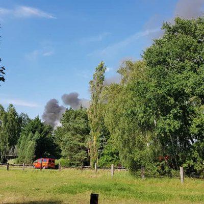 20180713_B2_Brennt_Werkstatt_Feuerwehr_Dannenberg_4