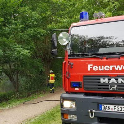 201290526_B1_Feuer_Boeschungsbrand_Feuerwehr_Dannenberg_2