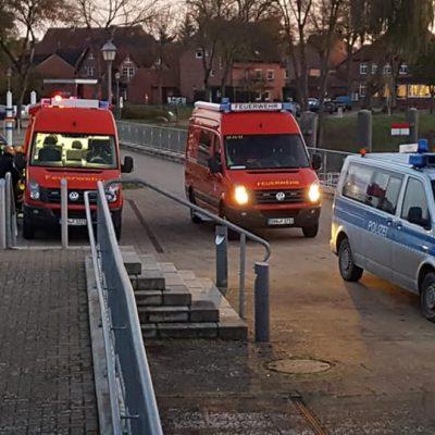 20191110_H1_auslaufende_Betriebsstoffe_auf_Gewaesser_Feuerwehr_Dannenberg_3