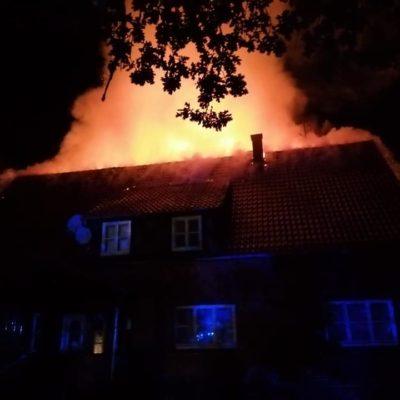 20200509_B2Y_Dachstuhlbrand_Quickborn_Feuerwehr_Dannenberg_5