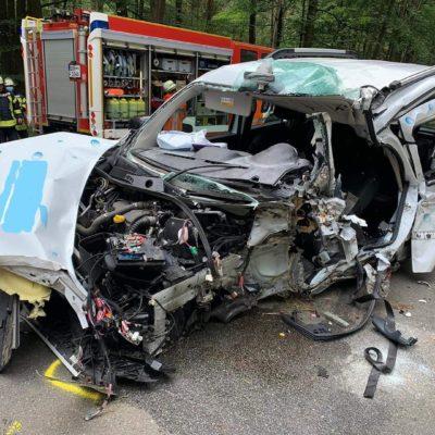 20200706_VUPK_Verkehrsunfall_Gusborn_Splietau_Feuerwehr_Dannenberg
