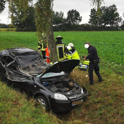20200927_VUPK_Verkehrsunfall_Feuerwehr_Dannenberg_2