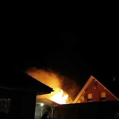 20201203_B2_Garagenbrand_Feuerwehr_Dannenberg