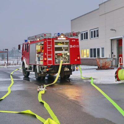 20210202_B3_Feuer_Industriebetrieb_Feuerwehr_Dannenberg_2